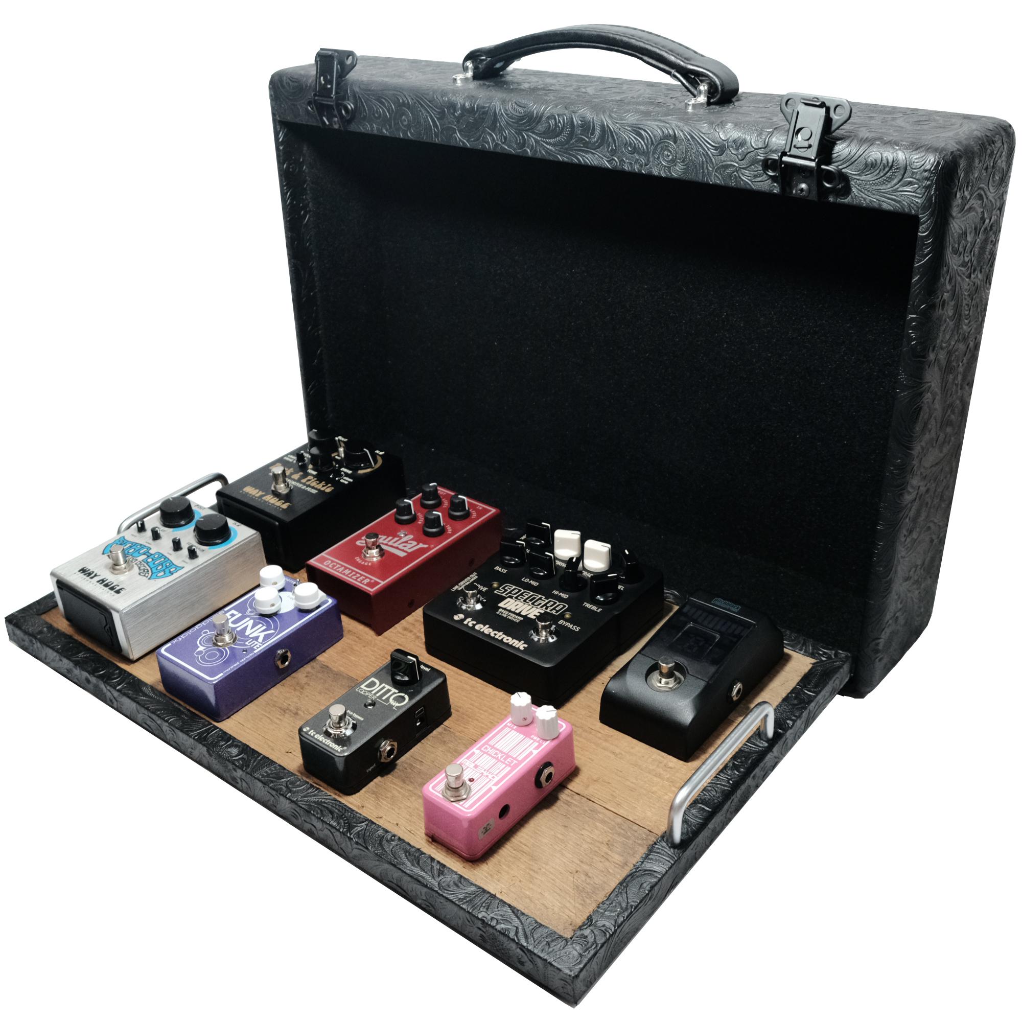 Vboutique 12 x 20 modrn vintage suitcase pedalboard